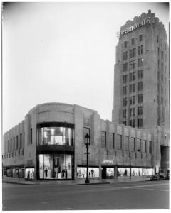 desmonds-building-circa-1930s